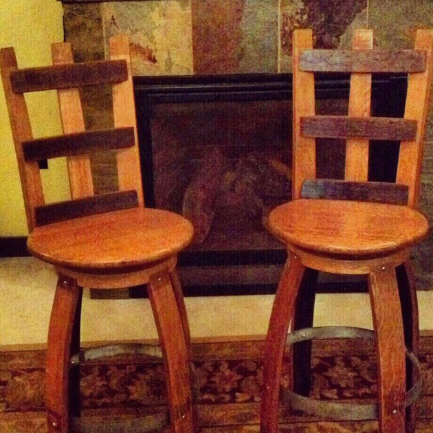 Wine barrel furniture plans plans diy wood platform bed for Wine barrel chair diy